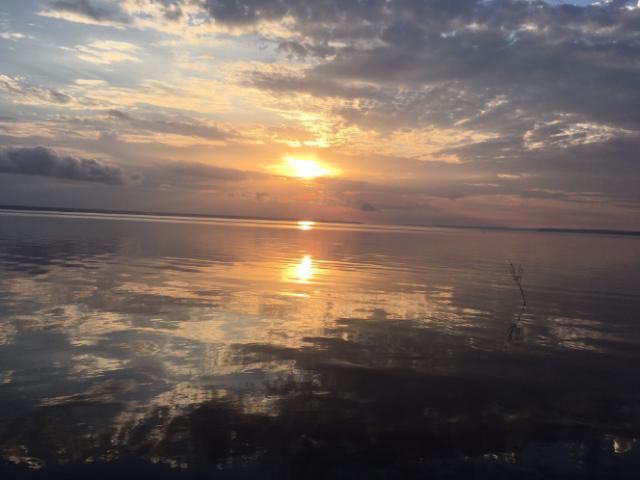 IberoStar por do sol no rio negrob